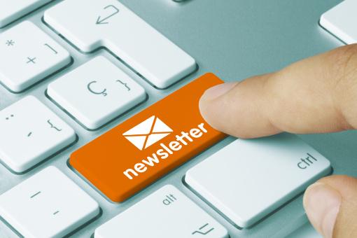 tastiera pc con tasto newsletter centrale rischi pro
